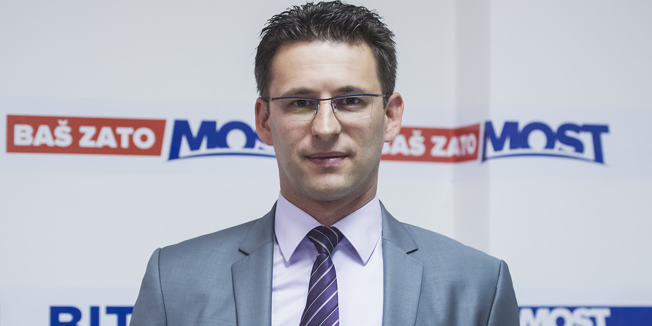 Božo Petrov: Sve što rade SDP i HDZ vodi prema velikoj koaliciji da bi zakočili promjene