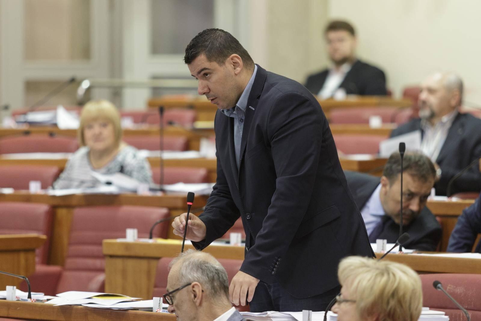 Grmoja u Saboru govorio o problemima GP Metković